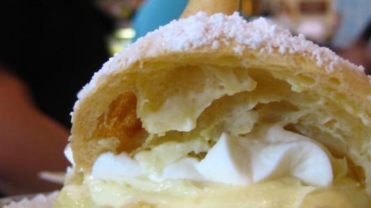 طريقة عمل بف باستري بالجبن Pastry Desserts Ice Cream