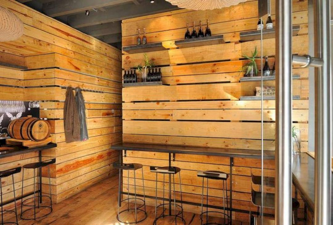20+ Best Wood Pallet Free Standing Wall Ideas | Bistro ...