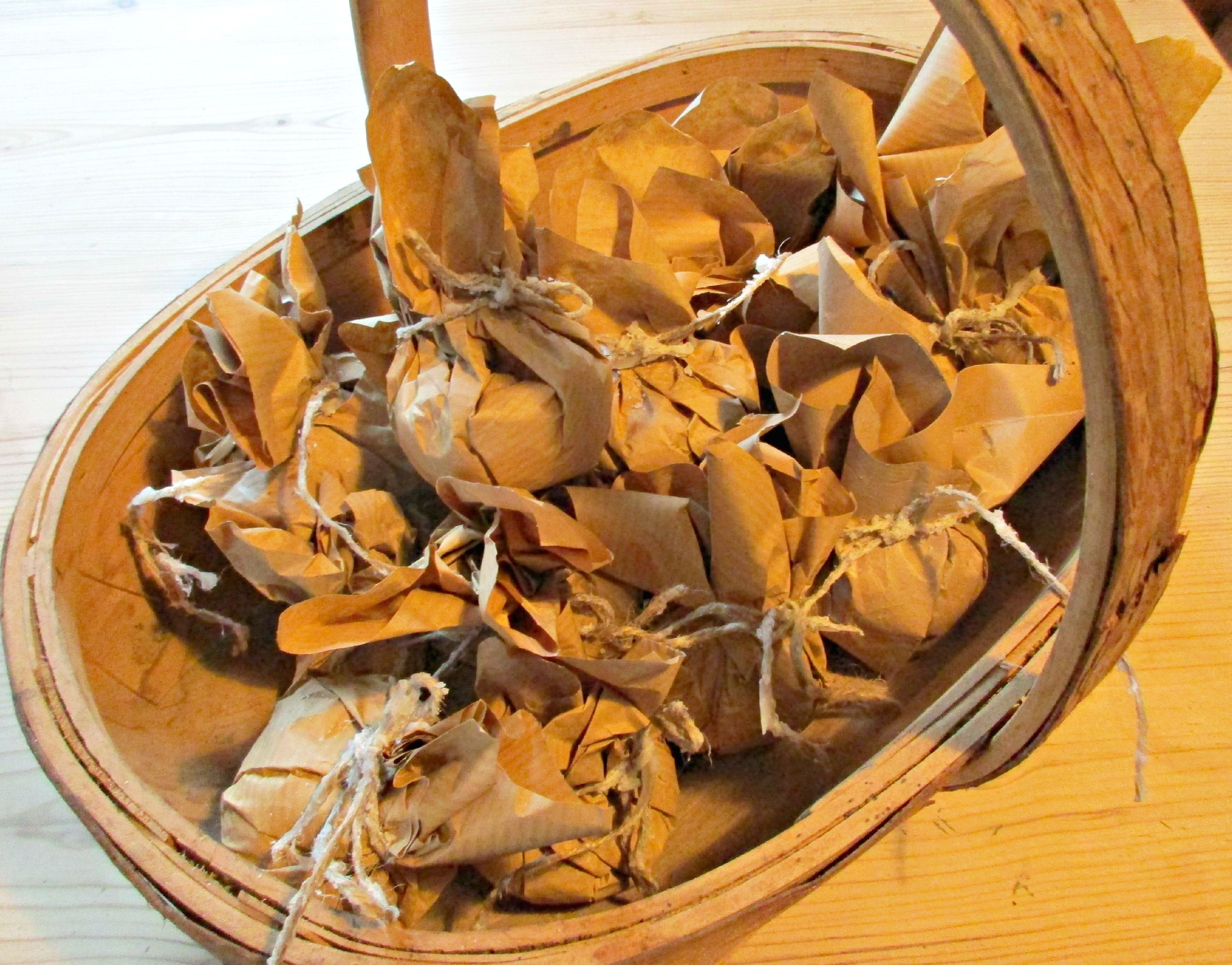 How to Make Homemade Firelighters from Recycled Materials