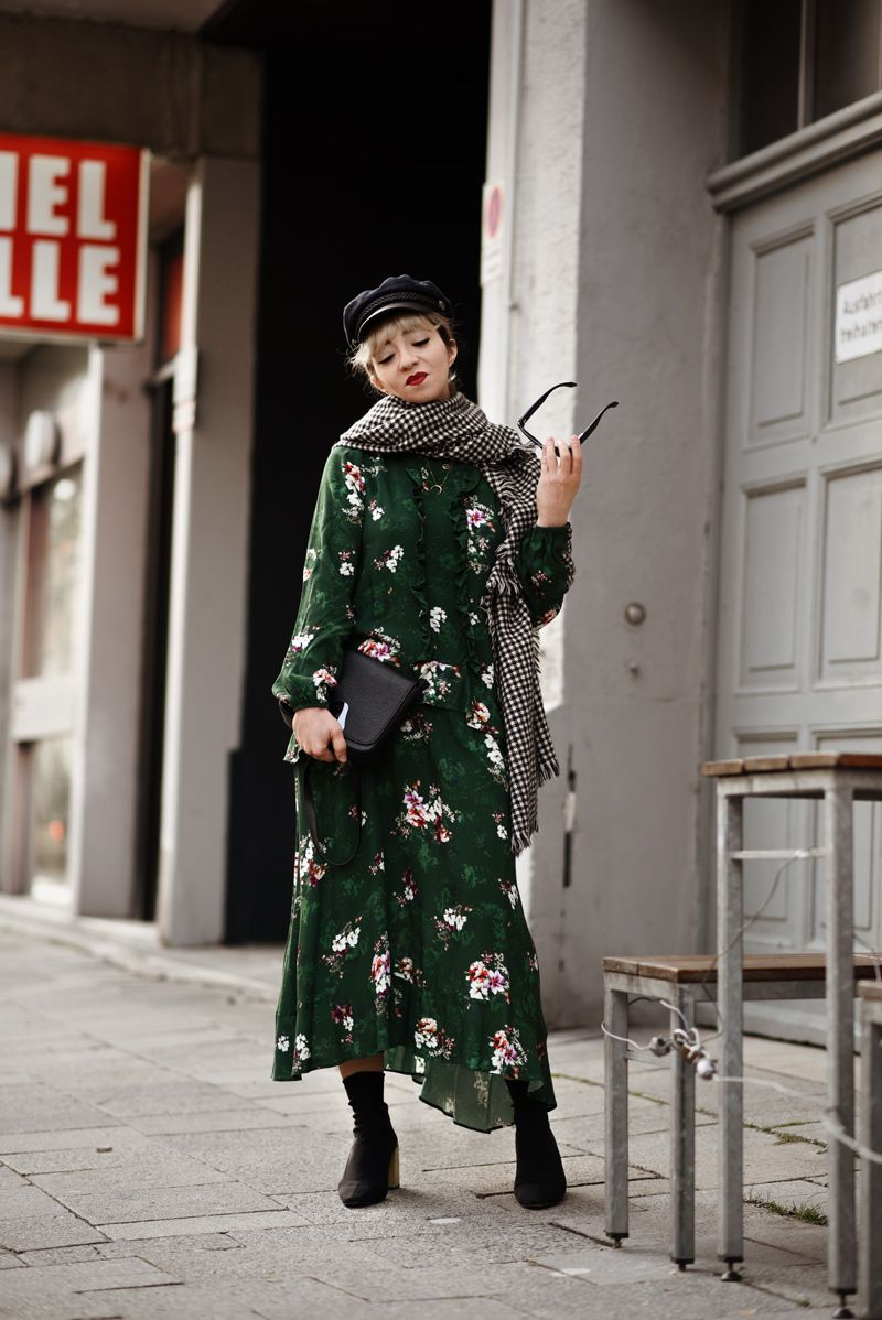 outfit: midi Kleid | Fashion bloggers, German fashion and Street styles