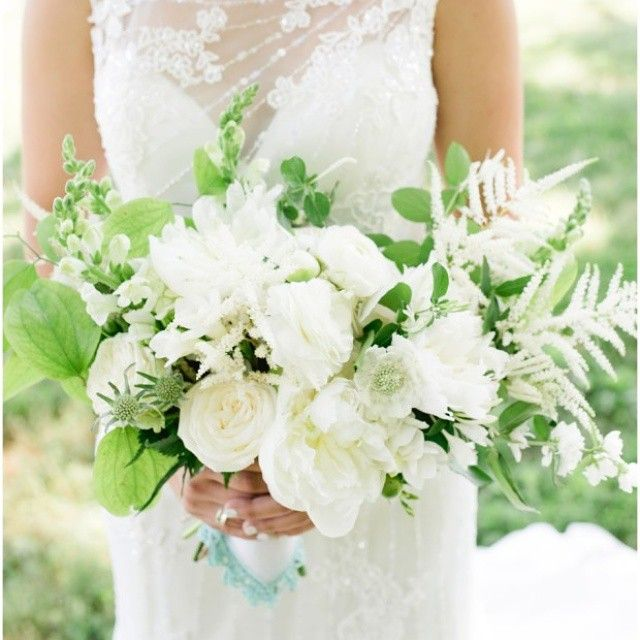 Kayla's #bridalbouquet from a few weeks ago at @trumpwinery photo by Kibler Photography