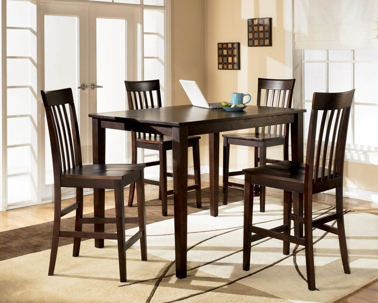 Reddish Brown Hyland Counter Height Dining Room Table And Barstools (Set Of  View 1 Nice Ideas