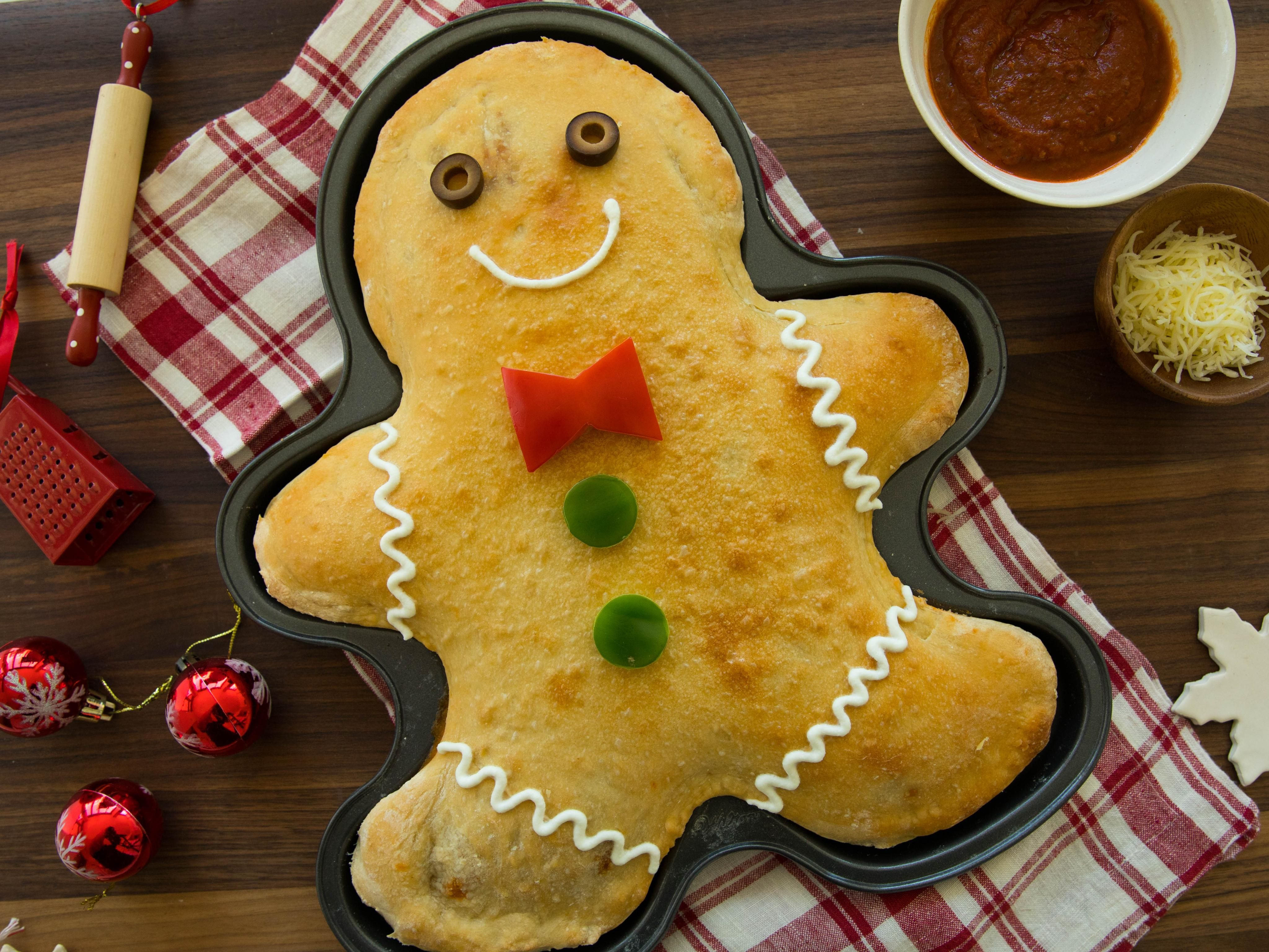 Easy Christmas Appetizers in 2020 Calzone, Gingerbread