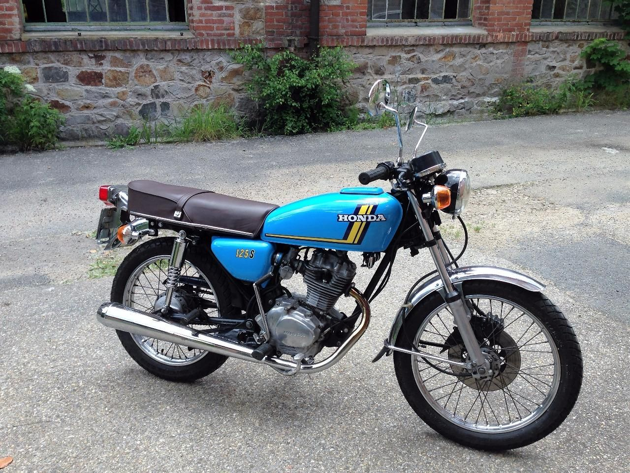dad 39 s motorcycle honda 125 cb s3 1976 bikes with motors. Black Bedroom Furniture Sets. Home Design Ideas