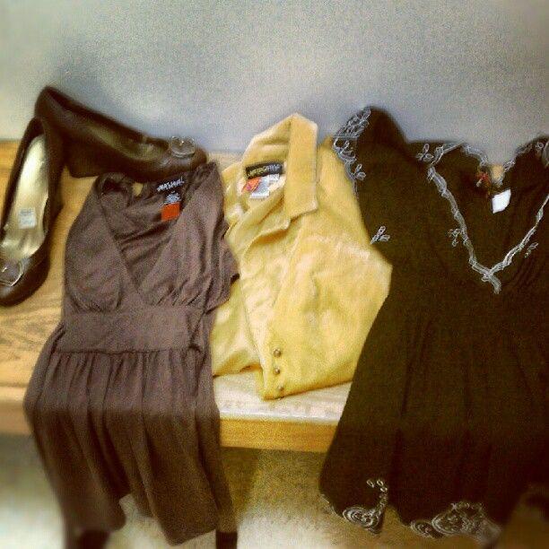 brown wedges, f21 shirt, wet seal shirt, mustard blazer #goodwill