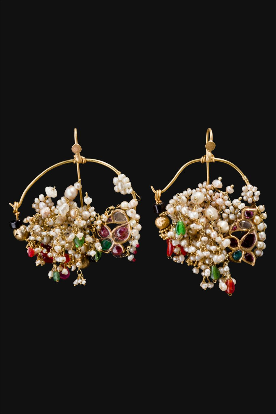 About nath nose ring mukku pudaka on pinterest jewellery gold nose - The Earrings Are Originally Nose Ornaments Called Nath They Are Spread All Over Northern Central India The Nath Are Usually Worn In The Left Nostril So