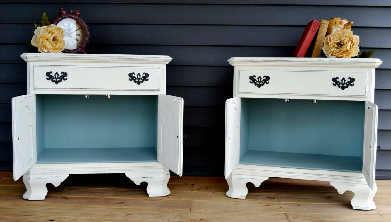 Annie Sloan Old White and Duck Egg Blue! Chalk painted ...
