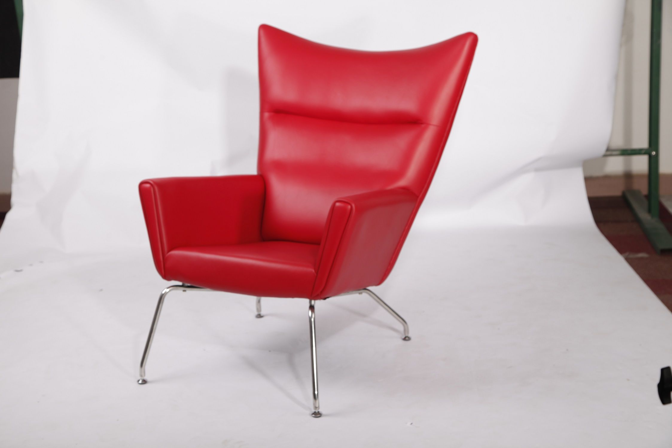 Luxury Red Aniline Leather Well Made CH445 Wing Chair Reproduction