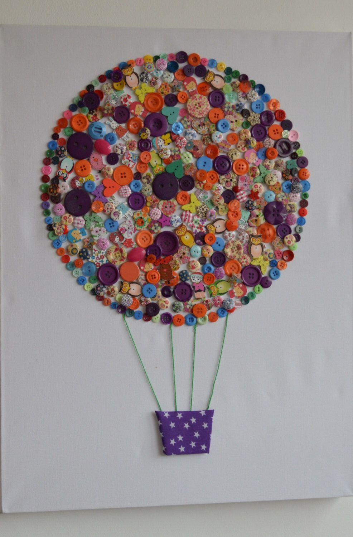 Днем рождения, открытка с воздушным шаром из пуговиц