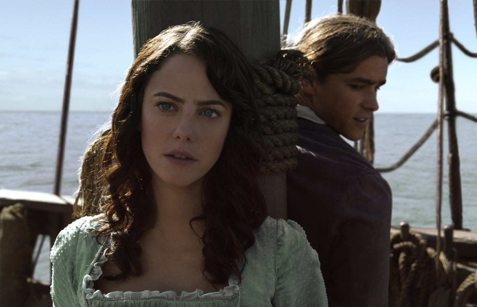 Pirates Of The Caribbean Dead Men Tell No Tales Will Turner Kaya Scodelario And Brenton Thwaites In Pirates Of The Caribbean Dead Men Tell No Tales 33 Pirates Of The Caribbean Kaya Scodelario Carina Smyth