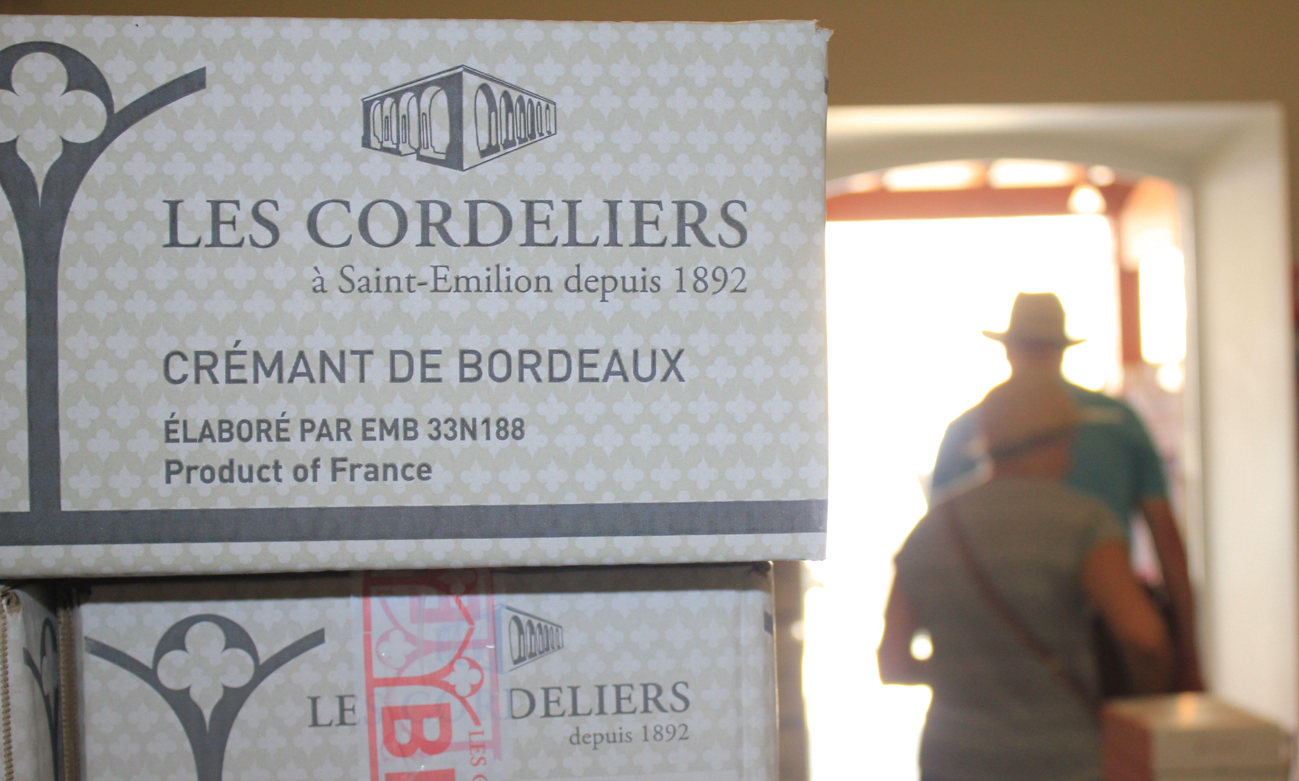 Epingle Sur Le Cloitre Des Cordeliers Lieu Incontournable A Visiter A Saint Emilion