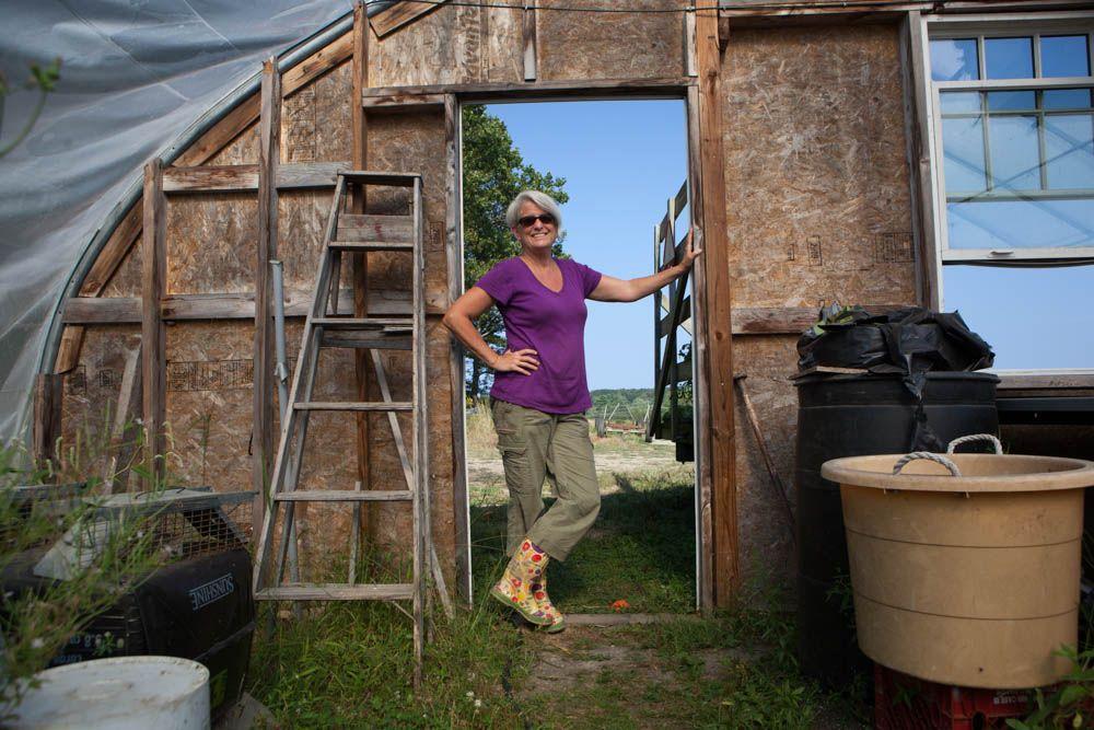 Penny Jordan farmer Farmer, The locals, Penny