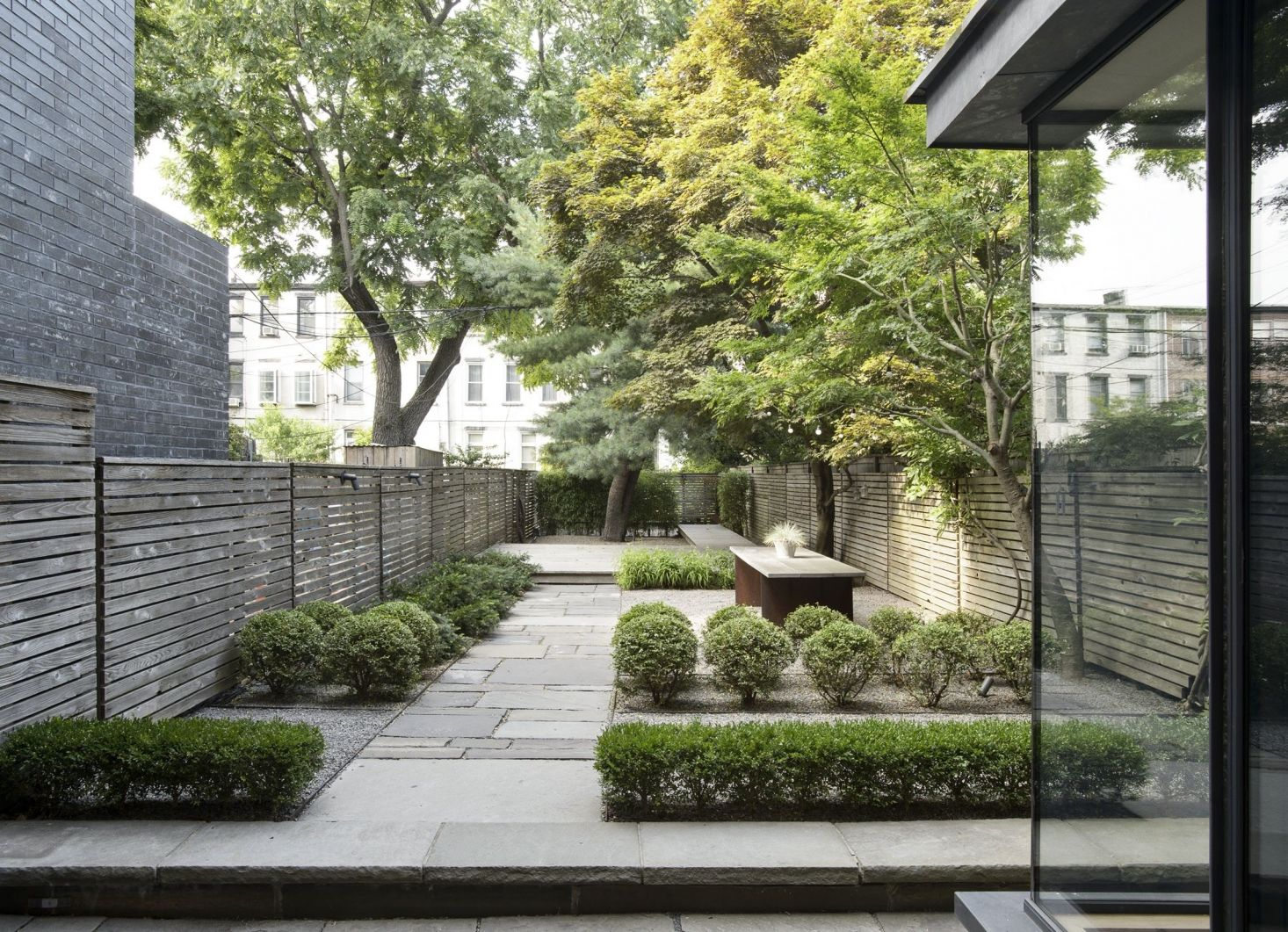 10 Garden Ideas To Steal From Chinese Feng Shui Masters Gardenista Feng Shui Garden Design Feng Shui Garden Chinese Garden