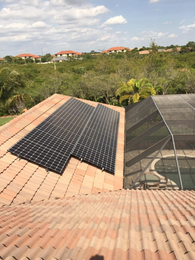 Estero Fl Solar Photovoltaic System On Tile Roof Solar