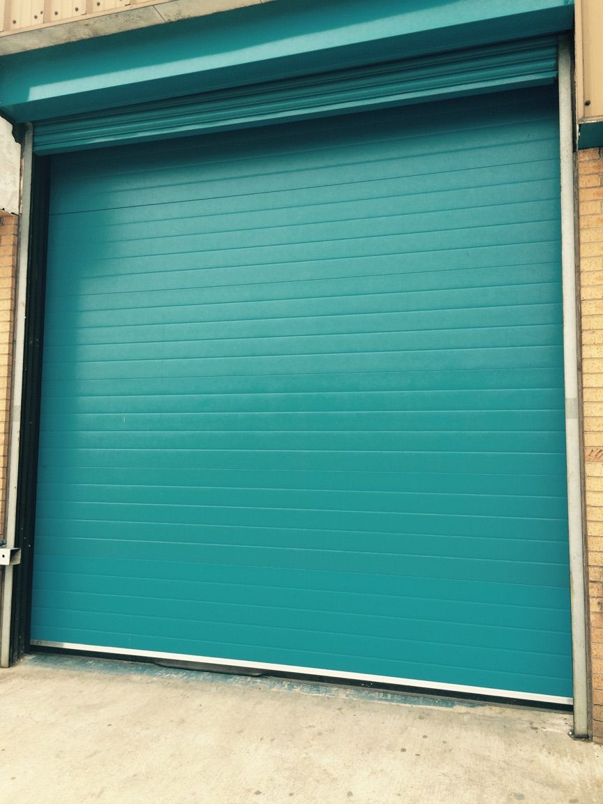 Pin by Edith Dupré on Shed Garage and Workspace Stories | Pinterest | Roller shutters Industrial door and Industrial & Pin by Edith Dupré on Shed: Garage and Workspace Stories | Pinterest ...