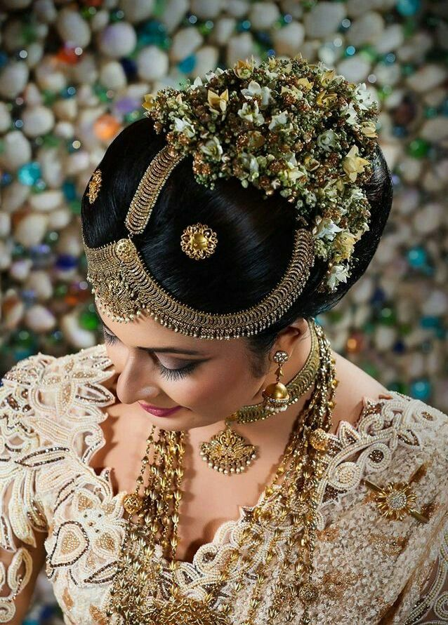 Pin By Yashodara R On Kandyan Brides Big Bun Hair Bridal Hair Bridal Wear
