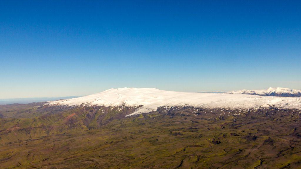 Ieland_car_rental_nature39 Photo Eyjafjallajokull seen