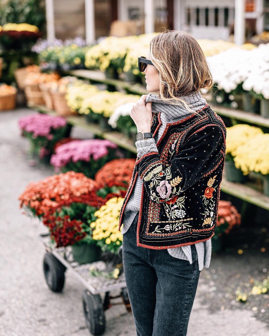 Jess Ann Kirby in Autumn Cashmere Boxy Shaker Cowl Sweater
