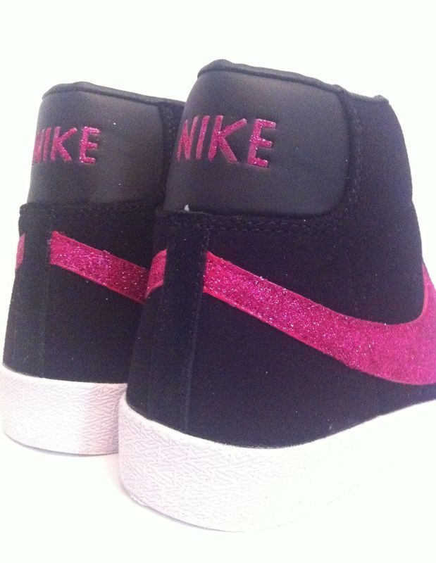 nike blazers black and pink
