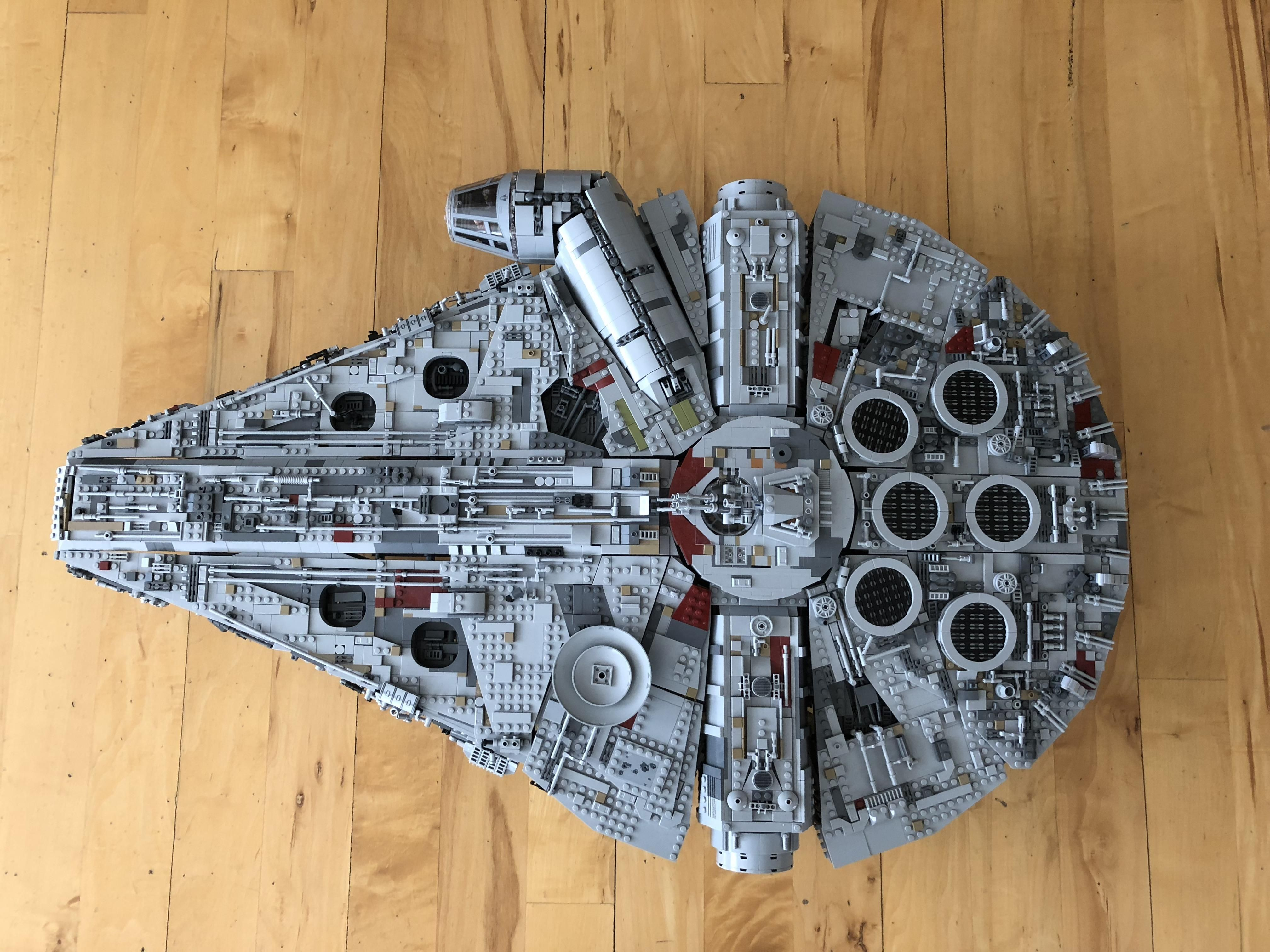 U Thespyishere Modified His Lego Ucs Millennium Falcon And Added A Front Section In Between The Mandibles Like W Lego Star Wars Lego Ucs Millennium Falcon Lego