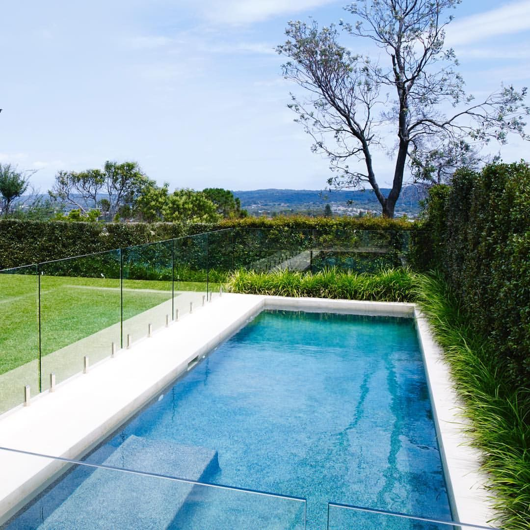 A Simple Pool And Landscape Design With Clean Formal Lines Compliments A Modern Hamptons Style Beach Hou Simple Pool Modern Landscape Design Modern Landscaping