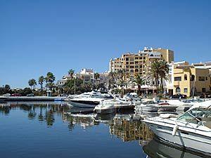 Puerto Cabopino Beach And Marina Costa Del Sol Malaga Spain Visitor Information Amenities Holiday Al Apartment Accommodation