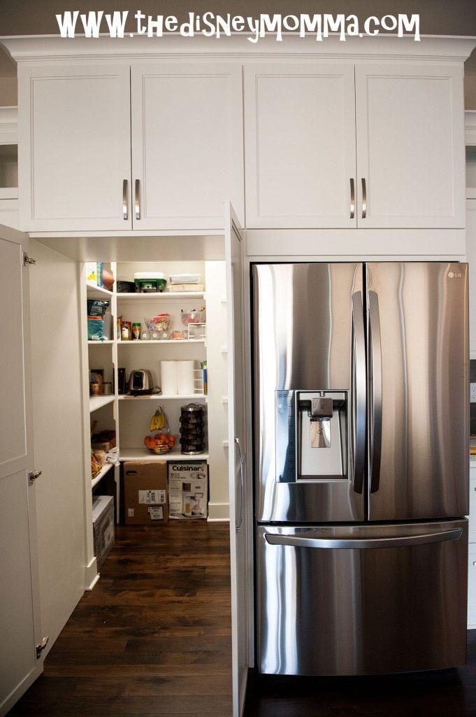 Traumküche Versteckter begehbarer Vorratsschrank - #begehbarer #freestandingkitchenpantry #kitchenpantryideas #Traumküche #Versteckter #Vorratsschrank #kitchenpantrystorage