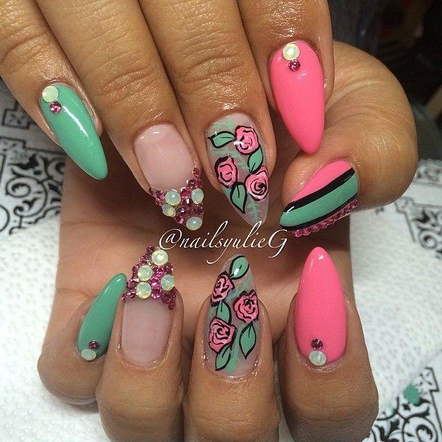 Spring Flowers Stiletto Nail Art @nailsyulieg