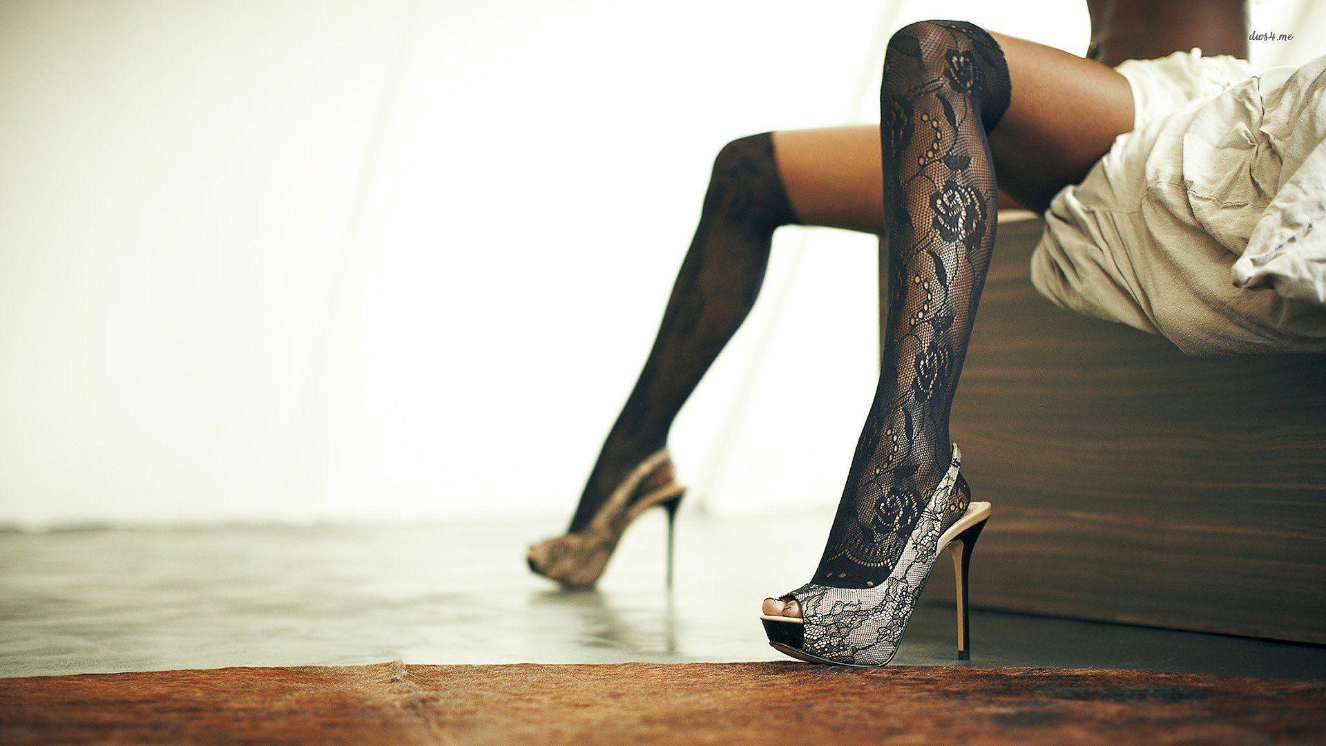 High heels hat jeans woman hair squat wallpaper x
