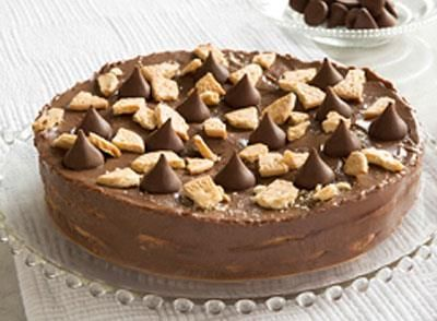We're sure you'll love this Kisses Crumbled Cookie Cake!