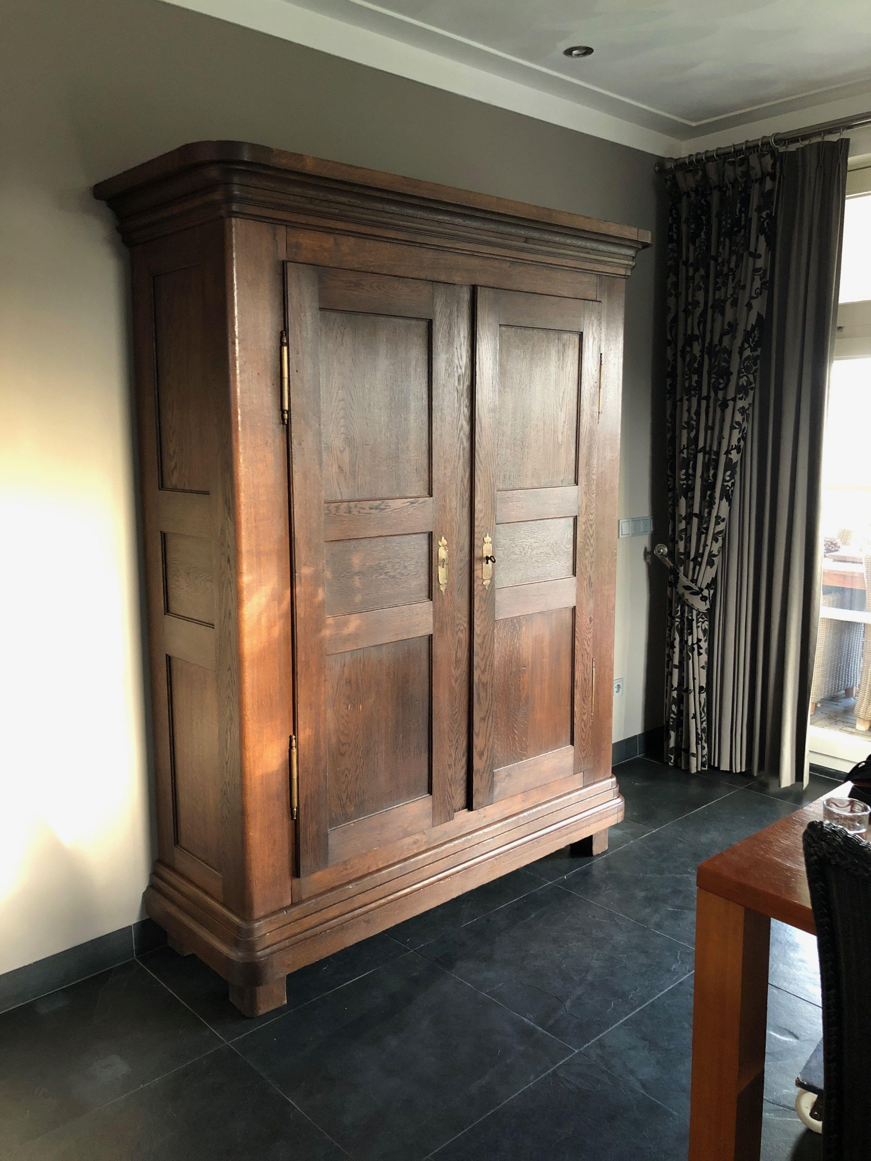 Grote Strakke Antieke Eiken Kast Large Antique Oak Cabinet