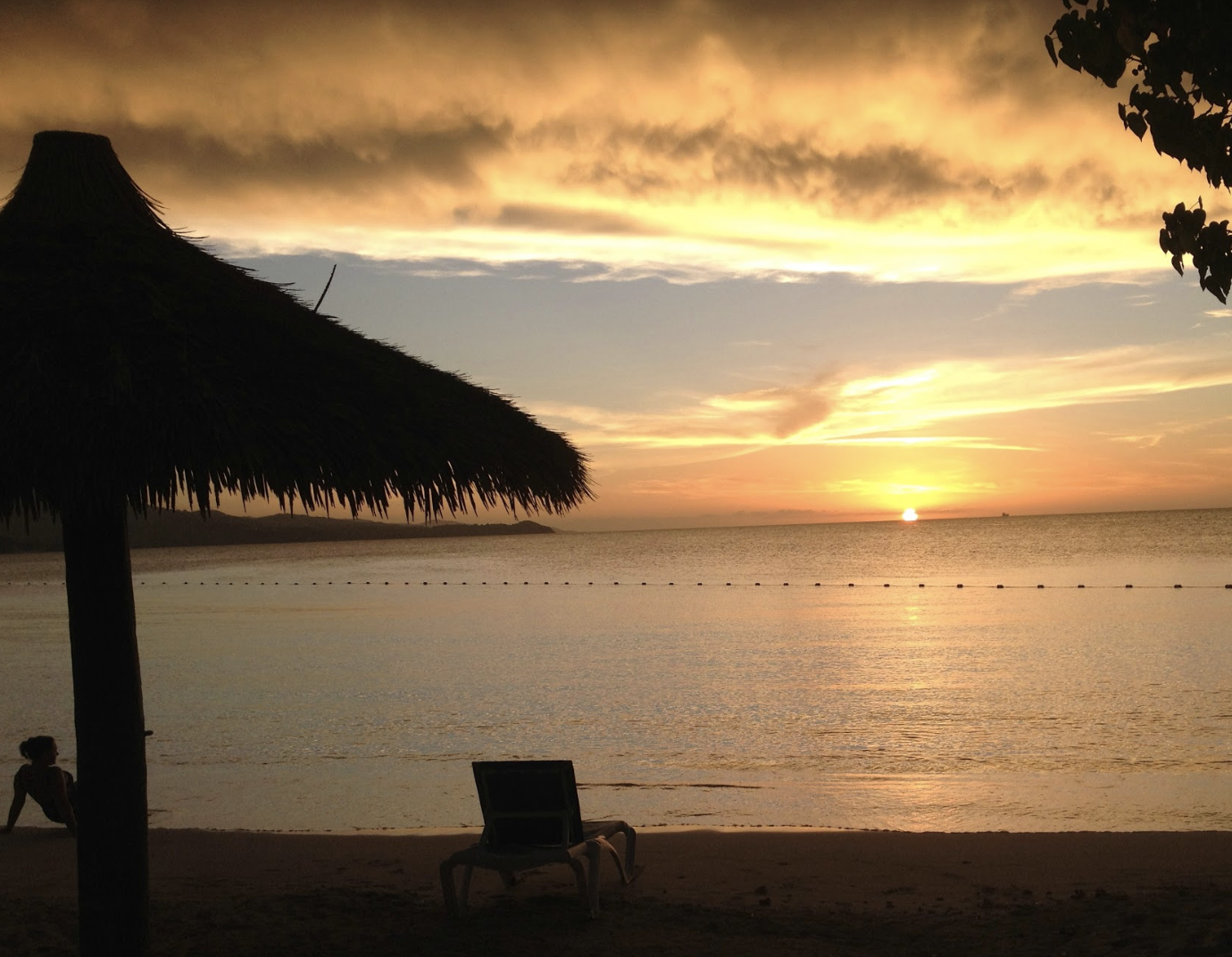 Every Day S A Beach Day 5k 2019: The Sunset Sets On Paradise Every Night At Sunscape Cove
