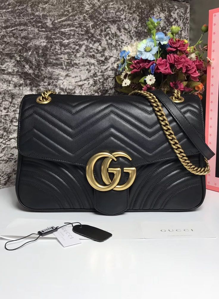 0b6a9ccf4 The Gucci Medium GG Marmont Matelasse Shoulder Bag is popular now and will  be popular in