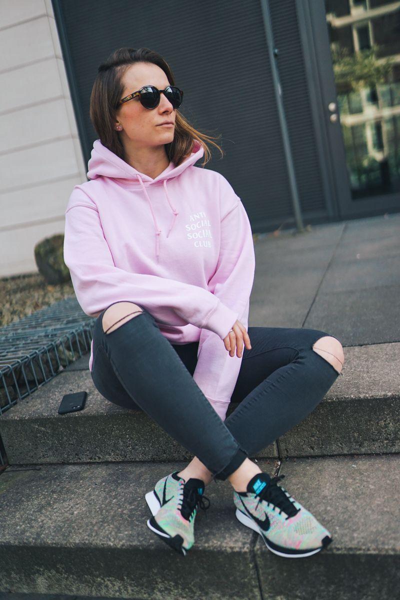 assc anti social social club in 2019 | Nike weiß, Frühling