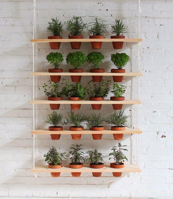 Resultado de imagem para jardim vertical trilho de suporte