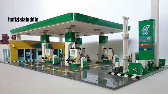 gas station lego lego lego creations lego lego. Black Bedroom Furniture Sets. Home Design Ideas
