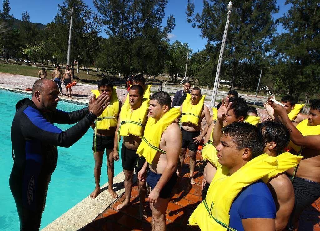 Marinos proveen la quinta parte de las remesas en Honduras En Honduras hay varias escuelas de marinería que cuentan con certificación internacional.