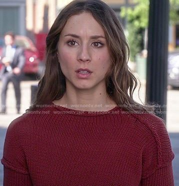 Spencer's red sweater on Pretty Little Liars