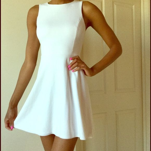 Bailey 44 dresses white and pink