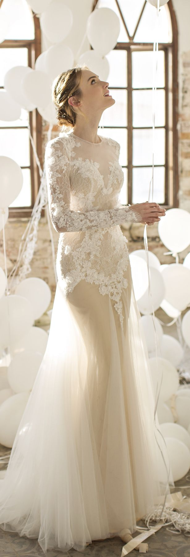 Preciosa colección de vestidos de novia por noya bridal