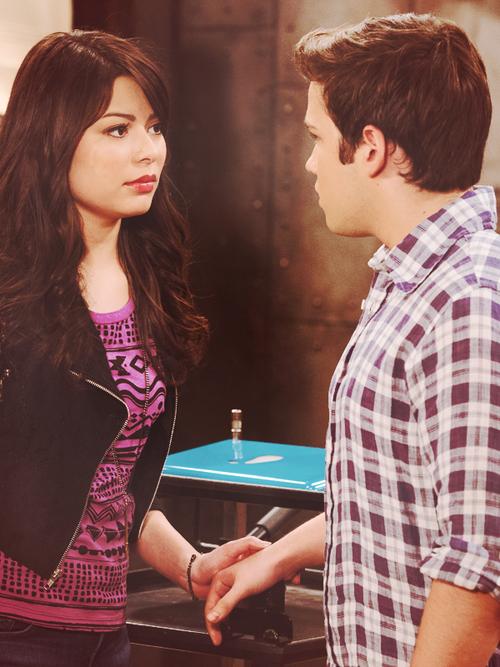 iCarly är Carly och Freddie dating