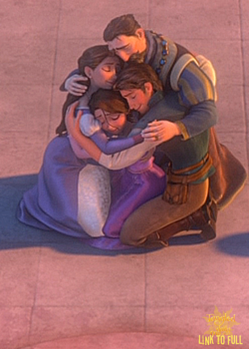 Tangled Daily 'Cap //I have been waiting for a close up shot of this since forever...oh my gosh <3<3<3<3<3<3<3<3