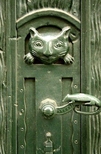 cat and mouse door knob Door Charlottenstrasse Berlin & Cat u0026 mouse door hardware. #cats #doors #DoorHardware | Door ... pezcame.com