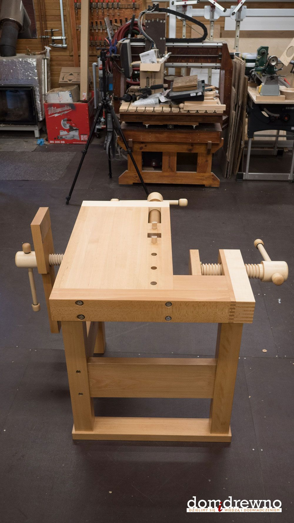 Awe Inspiring Lake Erie Toolworks Demo Bench Built By Domidrewno Picture Uwap Interior Chair Design Uwaporg