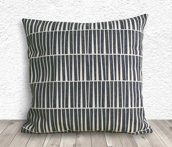 Pillow Cover, Pillow Case, Cushion Cover, Linen Pillow Cover 18x18 - Printed Geometric - 043