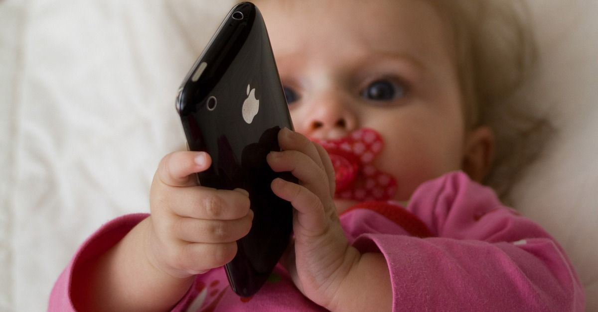 38 of Children Under 2 Use Mobile Media, Study Says Smartphone