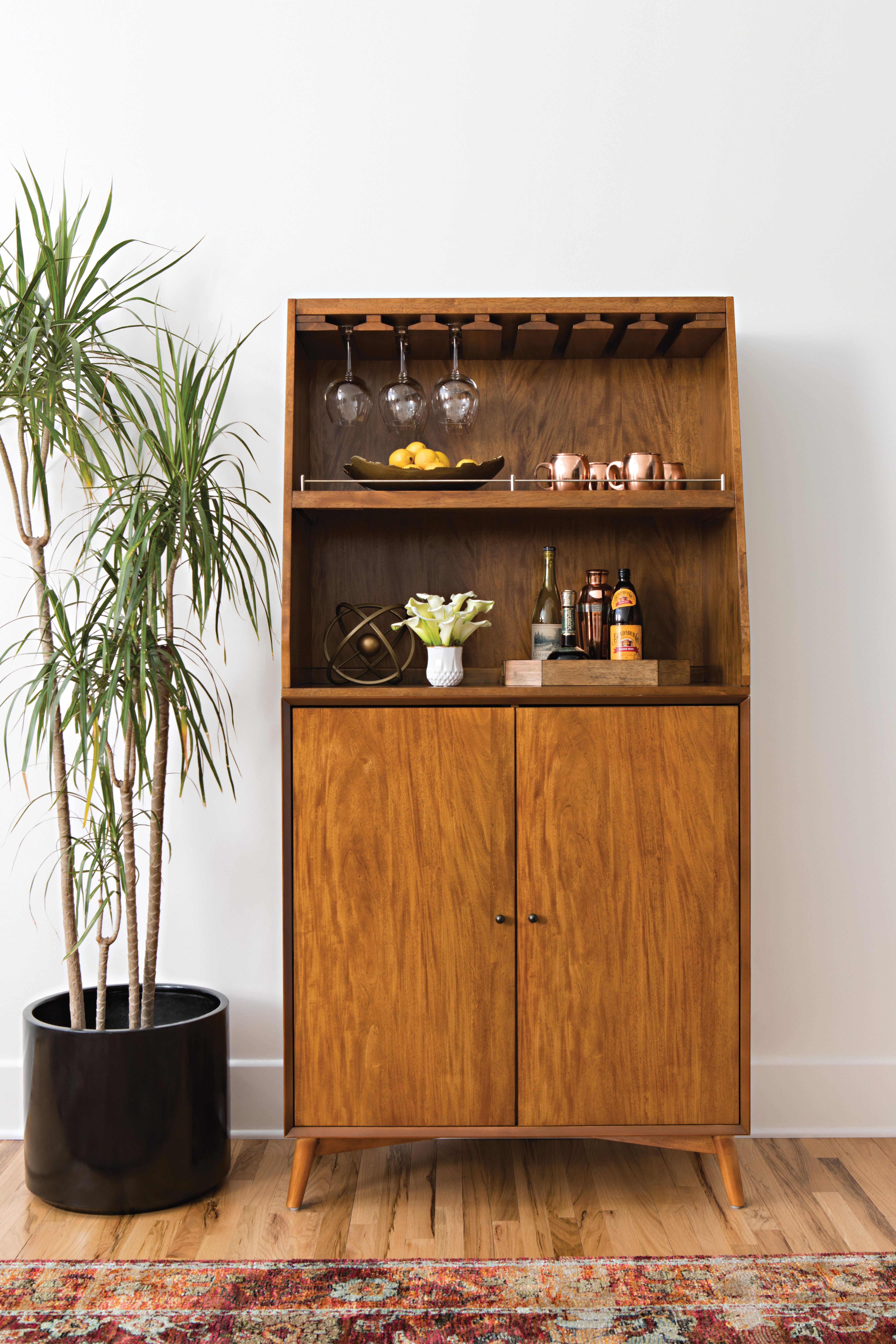 Mid Century Home Bar Cabinet Offering Clean Lines Tapered Legs And A Handsome Walnut Finish This Bar Cabinet Ser Home Bar Cabinet Interior Minimalist Decor
