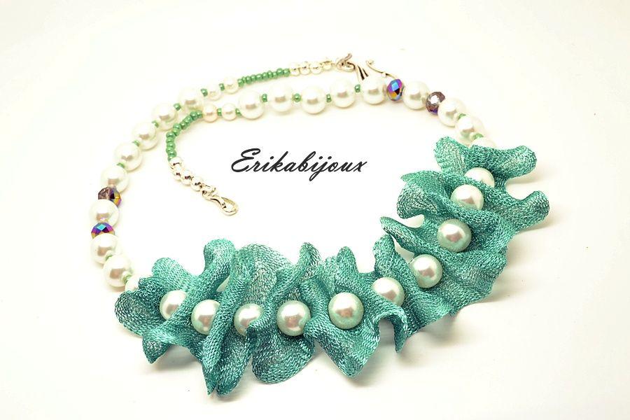 Colier perle cu volanase (46 LEI la E.boutique.breslo.ro)
