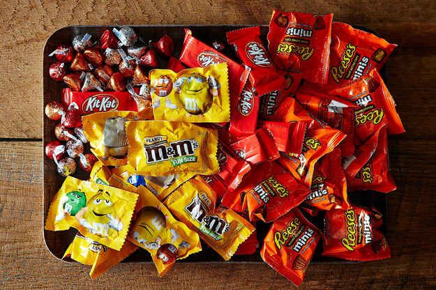 7 Insanely Delicious Ways To Eat Leftover Halloween Candy - halloween candy treat ideas