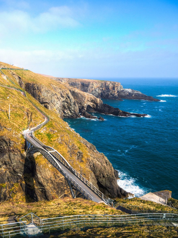 Is mise Éire Mizen Head, Ireland's Southernmost point, Co